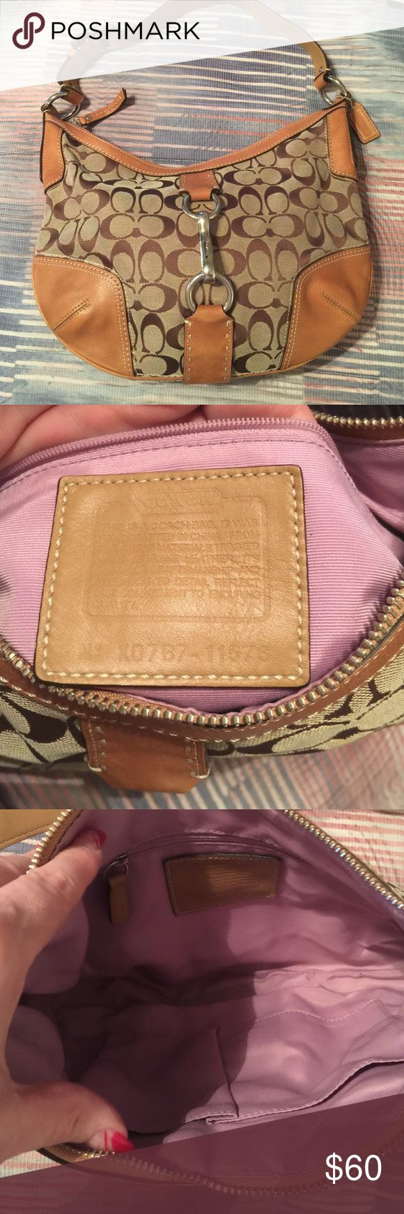 Coach authentic hobo bag Lightly used coach hobo bag without tags Coach Bags Hobos