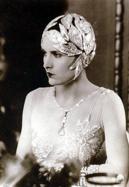 Evelyn Brent 1920s