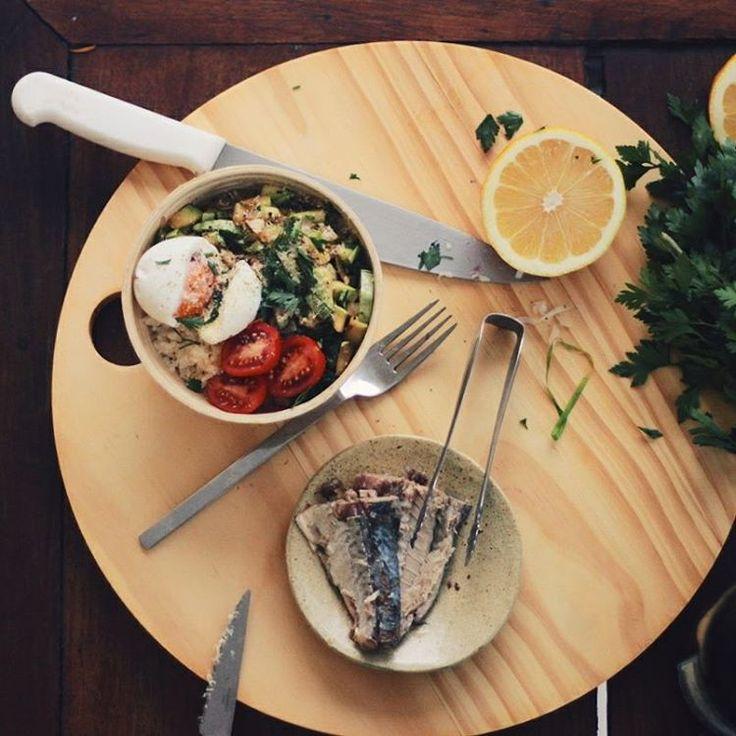 Quando uma tigela de arroz vira banquete.    | A banquet made of a rice bowl. #onthetable