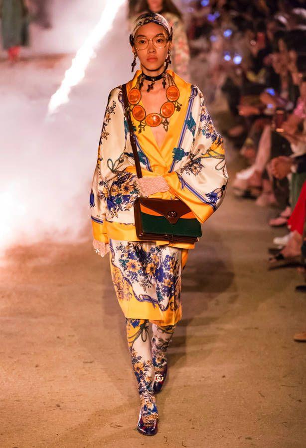 Défilé Gucci Prêt à porter Croisière - Paris - Elle. Gucci Resort 2019  Arles Collection - Vogue. Défilé Gucci fcb5dce54091