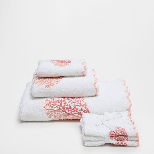 Image of the product CORAL COTTON TOWELS WITH WAVE EMBROIDERY