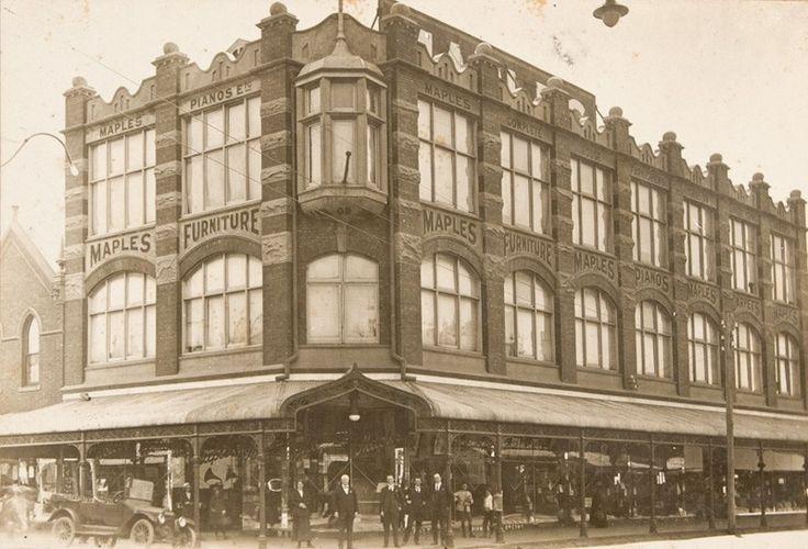Maple's Store, northwest corner of Chapel Street and High Street, Prahran, circa 1917.