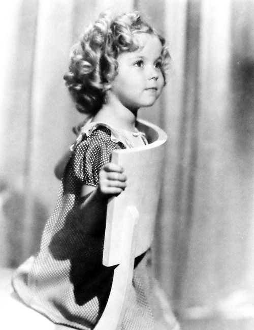 a brief look at shirley jane temple Born shirley jane temple on april 23, 1928, in santa monica, california, one of three children of housewife gertrude and bank employee, george, she the daughter of a banker and a homemaker, shirley jane temple was discovered in 1932 by director charles lamont and made her screen debut.