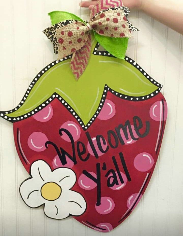 Strawberry Door Hanger / Polka-dots / wooden door hanger / Craft Night Out & 87 best Southern Charm Wooden Door Hangers images on Pinterest ...