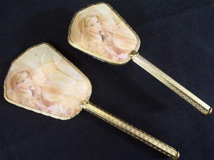 Ensemble de vanité vintage set brosse et miroir etat neuf jamais servi shabby chic vintage france vintagefr ensemble coiffeuse de la boutique decobrock sur Etsy