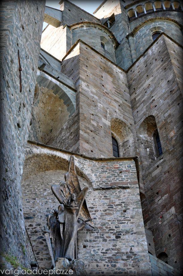 Piemonte, la Sacra di San Michele | Valigia a due piazze