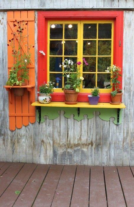 Fenêtre avec fleurs