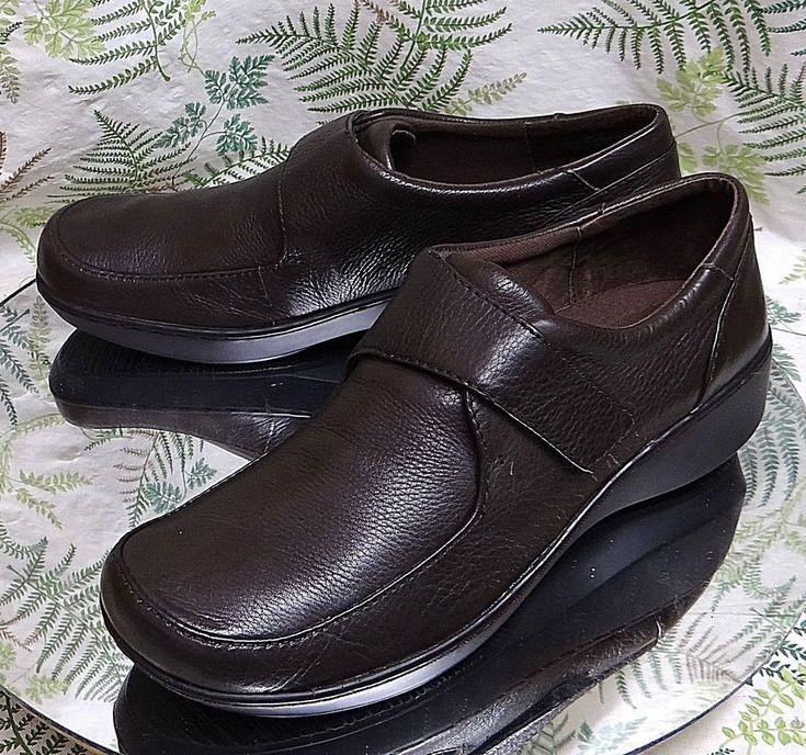 EASY SPIRIT BROWN LEATHER SLIP ONS LOAFERS DRESS COMFORT SHOES US WOMENS SZ 10 N #EasySpirit #Loafers #WeartoWork