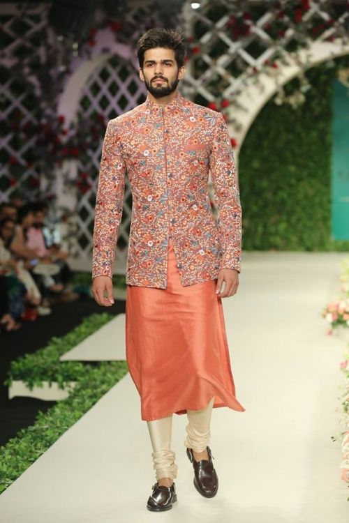 Varun Bahl at India Couture Week 2016 - Look 8