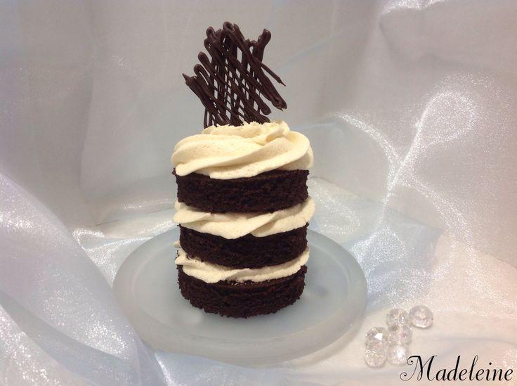 Chocolate Cake Decorating Ideas Pinterest : Chocolate mini cake Cake decorating/ideas Pinterest