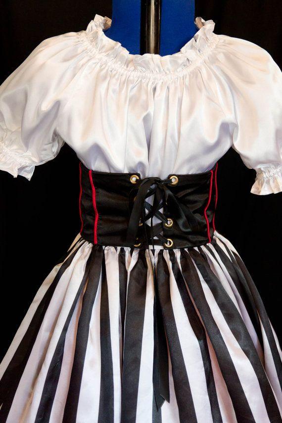 Girl's DELUXE PIRATE Costume Girls size 12/14/16 por mom2rtk
