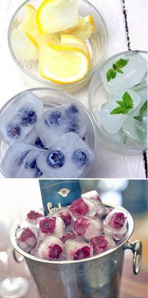 Gelos aromatizados Segue a mesma definição da água, a diferença é que congelamos tudo junto dentro de forminhas, pedaços de frutas, folhinhas de ervas ou pétalas de flores. Podemos também congelar a polpa das frutas nas formas de gelo e utilizar para aromatizar.