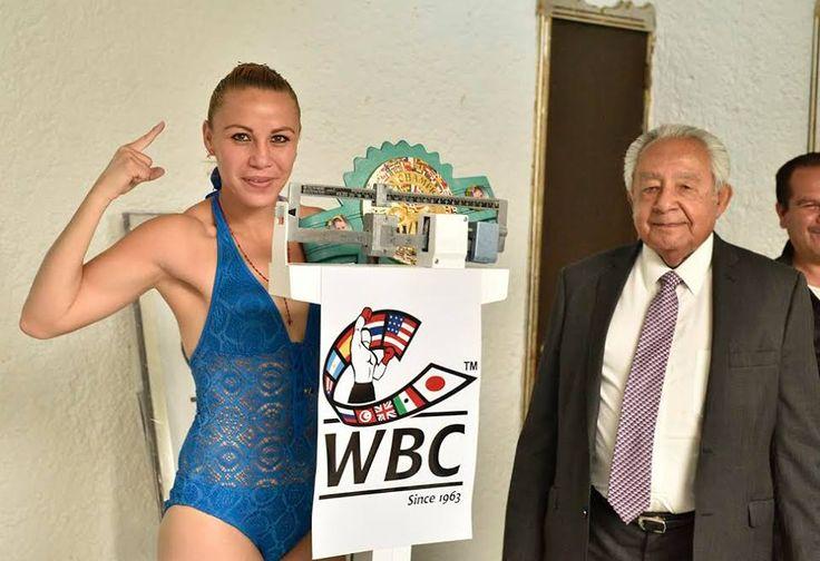 La Campeona Súper Mosca del Consejo Mundial de Boxeo, Zulina