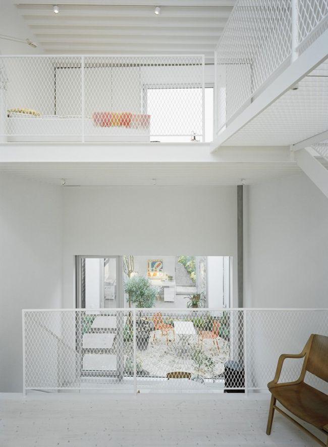 Share Design Swedish Townhouse 10