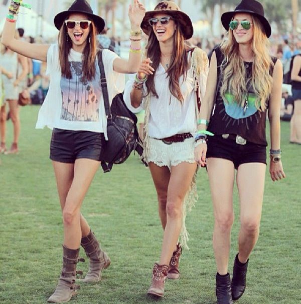Coachella festival fashion boho chic outfits   Get in my closet   Pinterest   Chic outfits ...