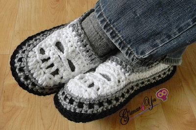 Glamour Skull Slipper Shoes - Men Sizes crochet pattern Giveaway! - Glamour4You