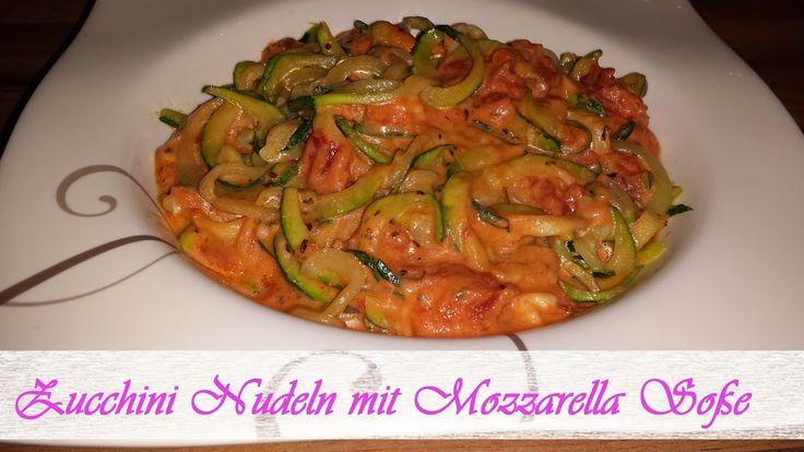 Zucchini Nudeln mit Mozzarella Soße
