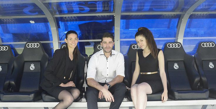 Azafatas en evento privado en el Santiago Bernabéu | Madrid - http://agenciafama.es/azafatas-en-evento-privado-en-el-santiago-bernabeu-madrid/