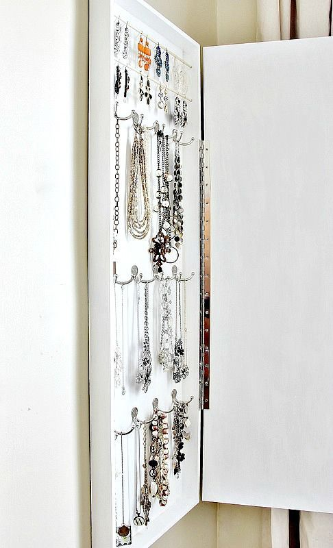 17 best images about organizing bathroom on pinterest for Bathroom jewelry holder
