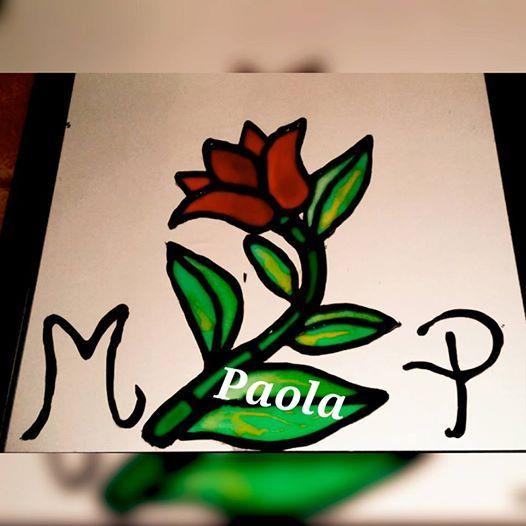 Uno de mis primeros trabajos realizados en el espejo de mi habitación , con las iniciales de mi amor y la mía