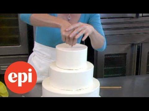 Stapeltaart maken: hoe maak je zelf een stapeltaart | Taarten maken, taart…