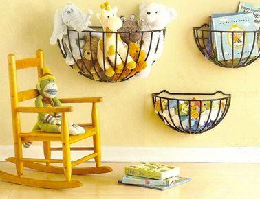 panier-rangement-a-croquer-sur-mur-chambre-enfant - Decoration maison, Idees deco interieur, astuces et peinture