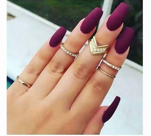 Nailson Burgundy And Black Matte Nail Design