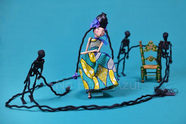 no pátio azul: Dança com esqueletos