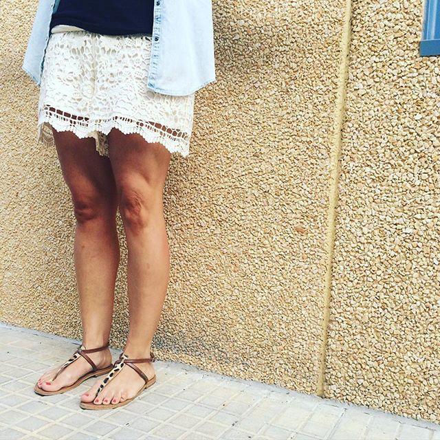 WEBSTA @ atelstyle - Feliz jueves! Hoy nos hemos decidido por los #shorts de encaje de Berta.