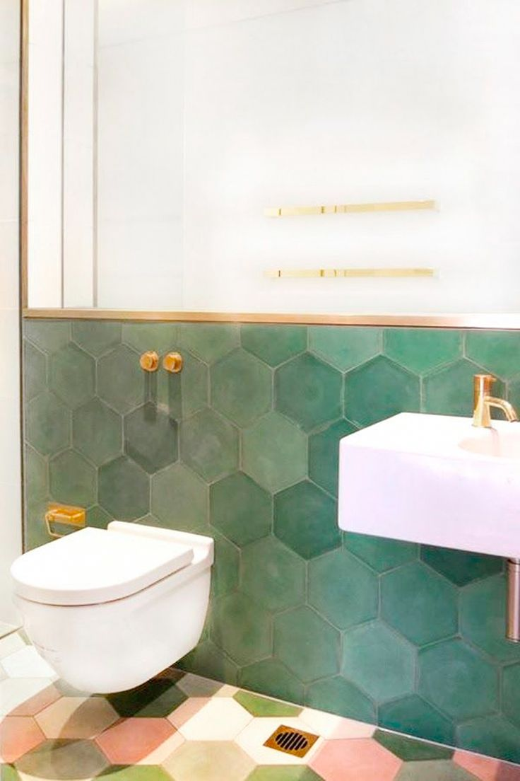 The 25+ best Green bathroom tiles ideas on Pinterest | Blue tiles ...