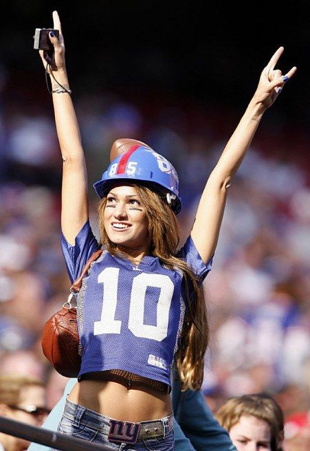 Female Friday: Reby Sky – NY Giants Girl | Page 3 of 4 | Cover32