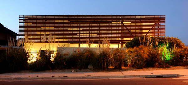 Casa Olate - Lomas de Montemar - Concón - Chile by Castro / Guarda Architects , via Behance