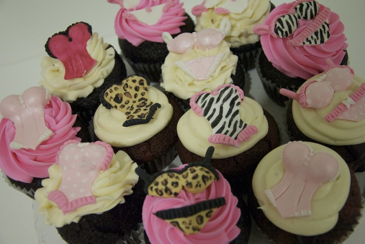 Light'in up the mood about panties & lace at the bridal shower... with strawberry icing & chocolate cupcakes!