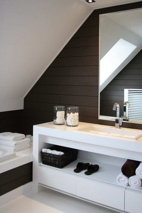 Wood + Clean lines #bathroom