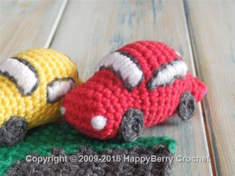 38 best Häkelautos images on Pinterest | Gehäkelte spielsachen ...