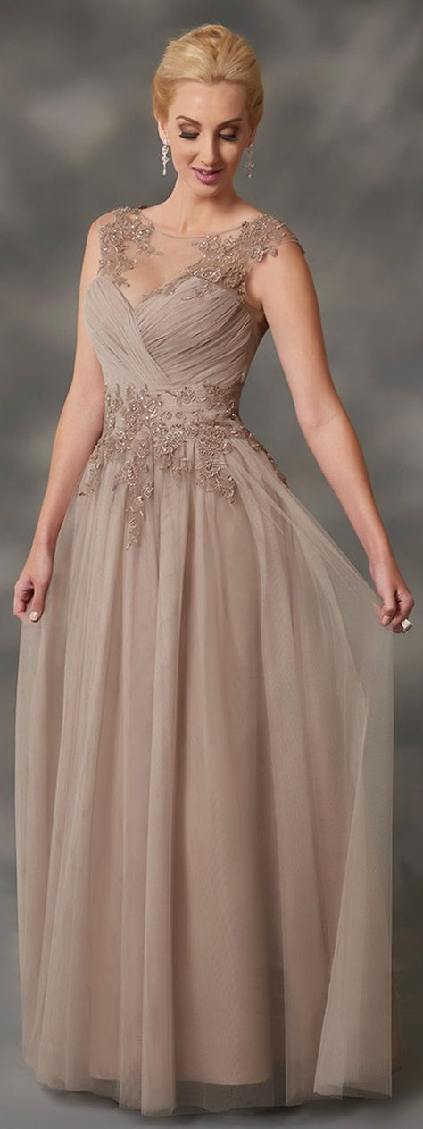 Outstanding Tulle Bateau Neckline A-line Mother Of Bride Dresses With Beaded Lace Appliques & Detachable Coat