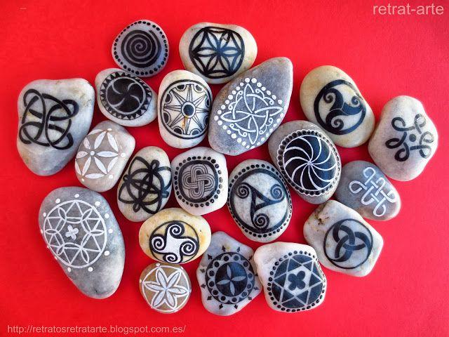 Campaña de marketing: Las siguientes series de piedras pintadas a mano fueron liberadas en distintos espacios públicos con el fin de que l...