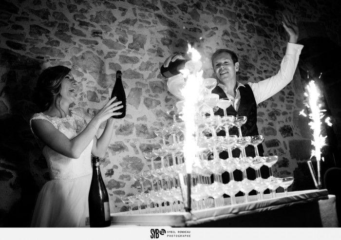 Reportage d'un mariage au Domaine de la Gautronnière aux Clouzeaux en Vendée - fontaine de champagne