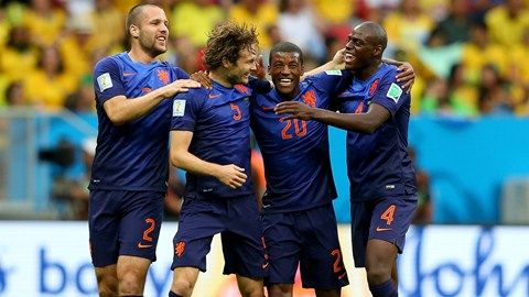 Vlaar, Blind, Wijnaldum and Martins Indi of The Netherlands at the World Cup Brazil 2014