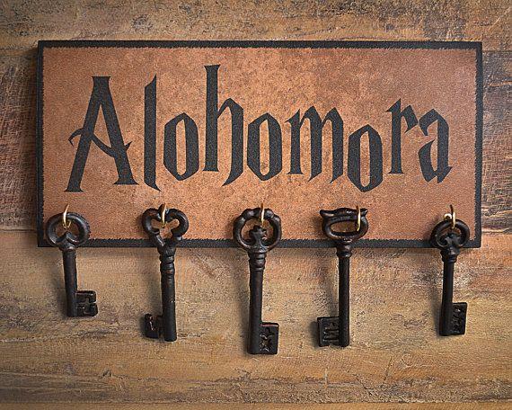 Listo para enviar!  Soporte para llave de Alohomora.  Artículo de gran regalo para los fanáticos de Harry Potter!