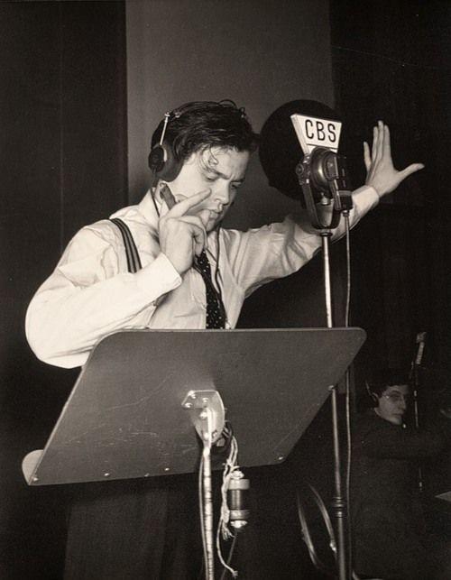 Orson Welles, 1938