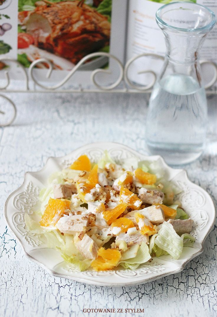 Chicken salad with oranges and walnuts