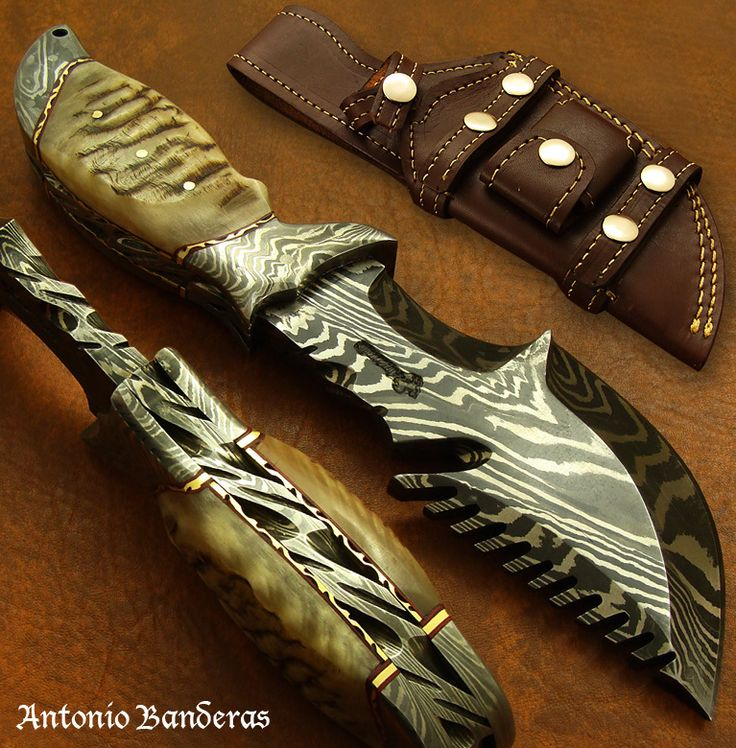 Antonio Banderas tracker knife