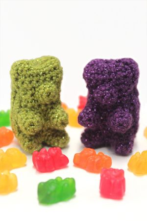 crochet Glitter Gummy Bears free pattern by twinkie chan! for lion brand (but you need to sign up for the site (free) to see it) candy. gummi.