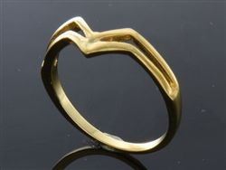 .925 Sterling silver pointed gold plated midi ring