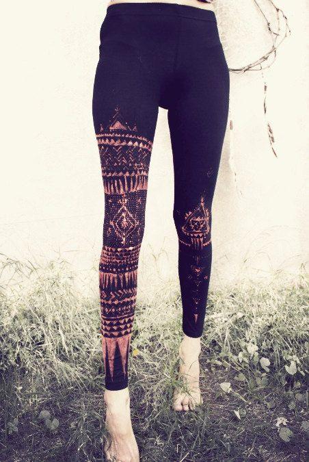 TRIBAL LEGGINS handpainted. I need to make these.