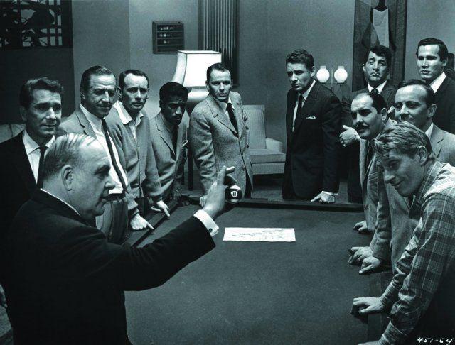 Still of Frank Sinatra, Dean Martin, Sammy Davis Jr., Joey Bishop and Peter Lawford in Ocean's Eleven