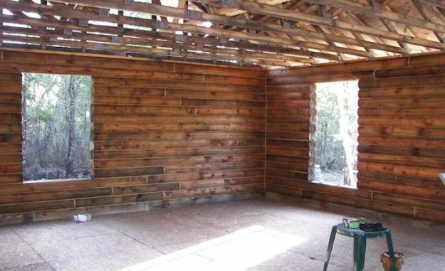 How to Build a Log Cabin By Hand | Step by Step DIY tutorial for the Homestead by Pioneer Settler at  http://pioneersettler.com/build-log-cabin-by-hand/