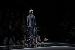Porta à Berta na Moda: Semana da Moda em Paris - Emporio Armani - Heady-t...