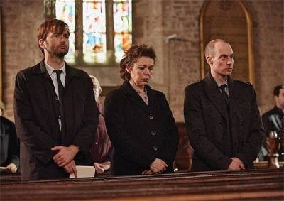Did you miss this Monday's episode of Broadchurch? Well you can still catch on ITV Player. The episode is available online for the next 28 days. Episode 1 is also still available. So if you have missed either of these episodes, catch-up at the ITV player website and see what you are missing. Broadchurch airs on Mondays...
